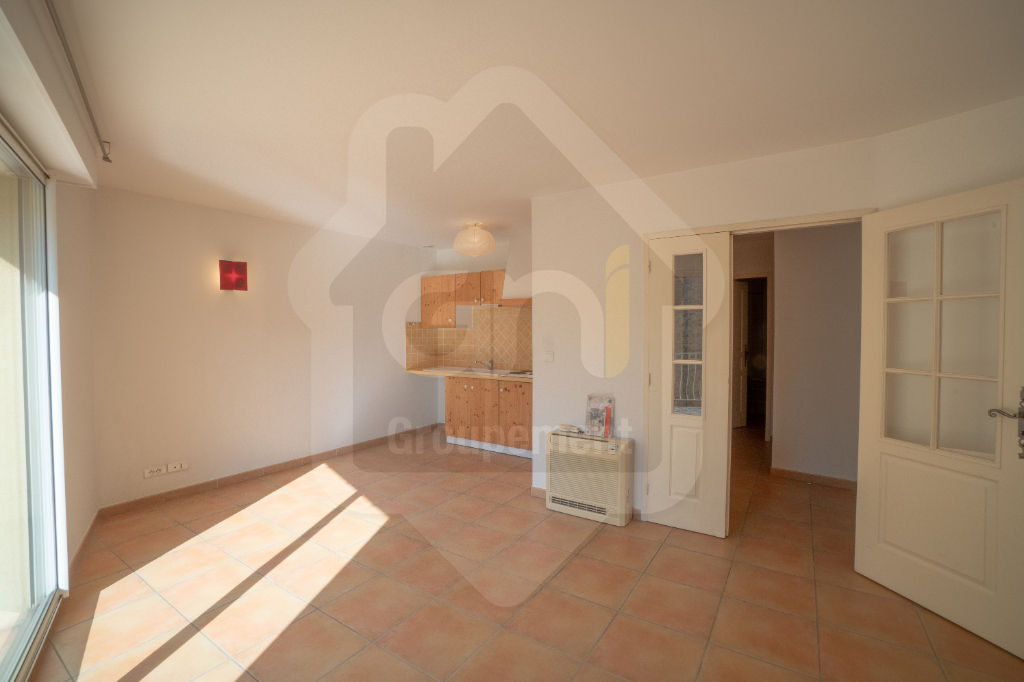 Location appartement centre ville Piolenc